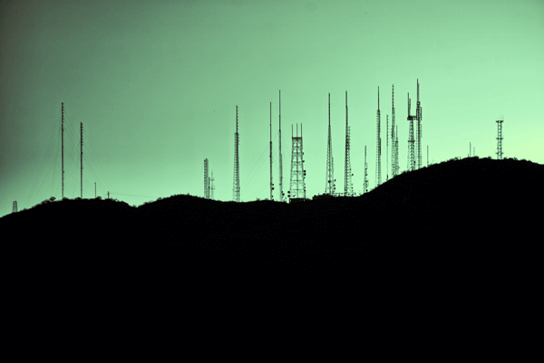 Picture for Case Study Telekom, showing a tree with telephone poles